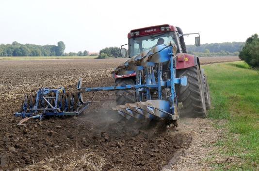 plow-1534517_1920