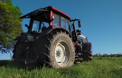 tractor-1555288_1280